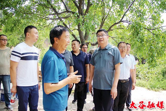 南宏在陽邑鄉檢查指導脫貧攻堅工作